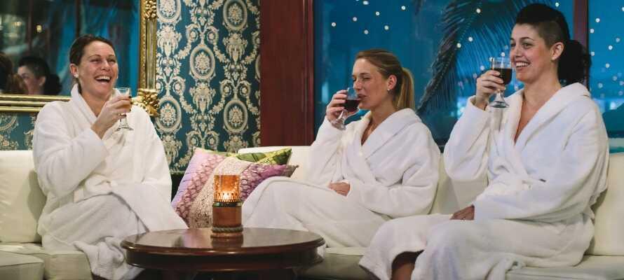 På en kald vinterdag kan dere tilbringe flere timer i relax-avdelingen!