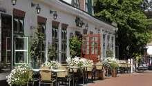 Genießen Sie Ihr Essen im Sommerurlaub draußen vorm Hotel, in angenehmer Atmosphäre.