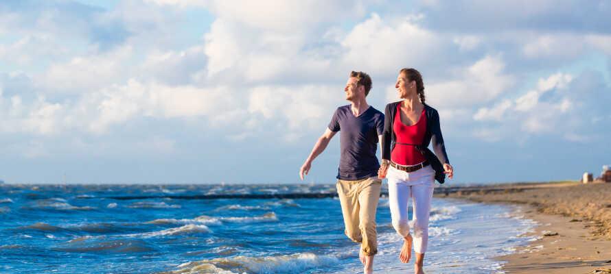 Her bor I i elegante og komfortable rammer, bare en kort gåtur fra strandkanten!