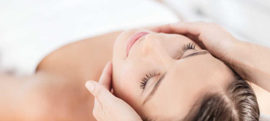 Gönnen Sie sich ein köstliches Wellness im Vitalis Kosmetik und Wellnessinstitut Timmendorf, nur wenige Schritte vom Hotel entfernt.