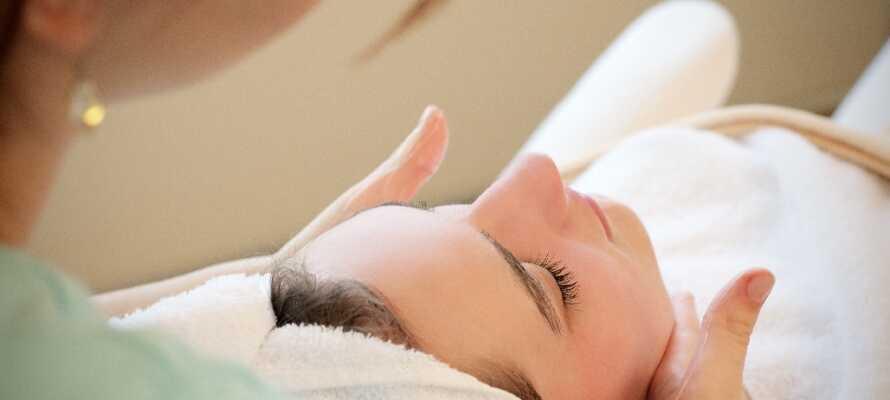 Vil I forkæle jer selv lidt ekstra, er der beautycenter og solarium. Book eventuelle massagebehandlinger hjemmefra.