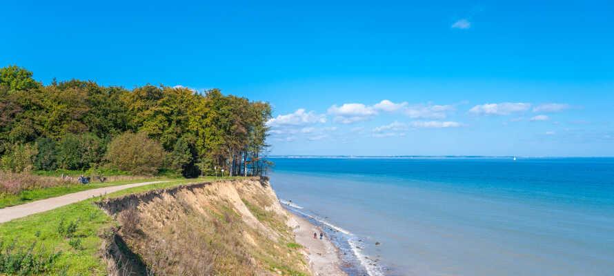 Travemunde er et skønt sted at holde en aktiv ferie med vandreture, svømning, cykling, golf, og vandsport.