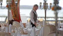 Der er en god betjening og service på det familiedrevne Grand Hotel.