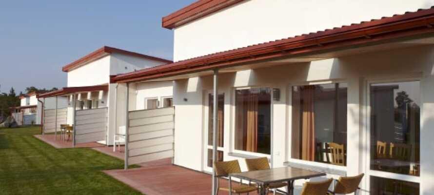 Hotellet har 20 værelser i første etasje med egen uteplass, og alle enkelt tilgjengelige og handicapvennlige.