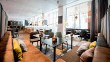 Hotellet har en hyggelig lobbybar, som er perfekt til at få en drink