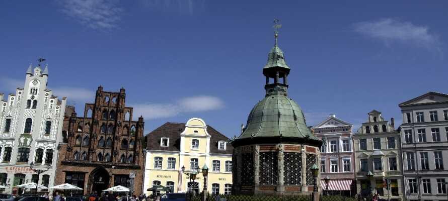 Wismar är absolut ett rekommenderat utflyktsmål. Här kan ni uppleva stadens speciella atmosfär.