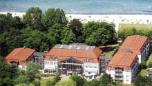 Seehotel Boltenhagen har en suveræn beliggenhed ved strandpromenaden i den populære badeby