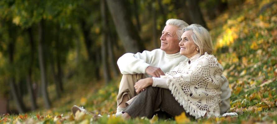Nærområdet innbyr til afslapning, hygge og romantiske stunder med tid for hverandre i koselige omgivelser.