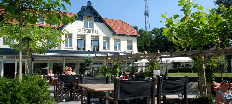 Hotellet ligger ved et skogsområde i den hyggelig kanalbyen, Amersfoort i hjertet av Holland.