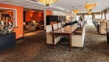 Restauranten på hotellet byder på en dejlig sammensætning af forskellige internationale retter.