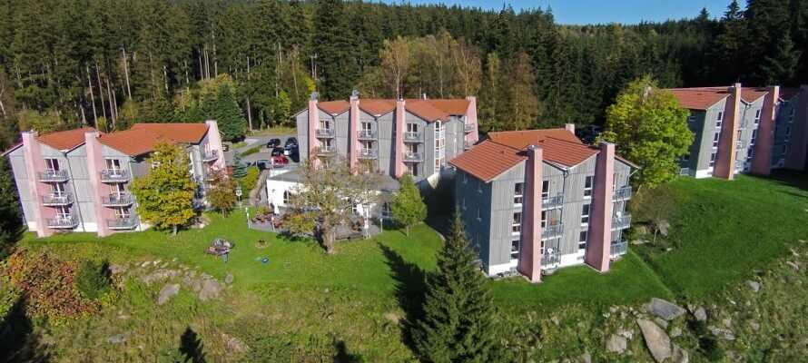 Das Hotel liegt in der Nähe des Zentrums der kleinen Stadt Schierke, nahe des Brocken.