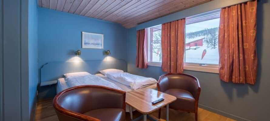 Hotellrummen är ljust och bekvämt inredda och erbjuder en bra bas för er semester i de norska fjällen.