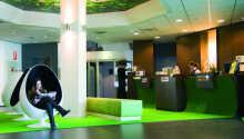 Spørg hotellets personale til råds inden en oplevelsesrig dag i Rotterdam.