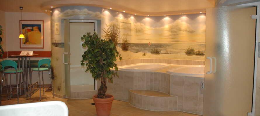Hotellet har en wellnessafdeling med sauna, aroma dampbad og stillezone, som I kan benytte mod gebyr.