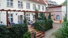 Slap af i hyggelige omgivelser på terrassen