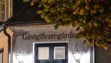 Skanörs Gästgifvaregård byder velkommen i pragtfulde omgivelser i det sydvestligste Sverige