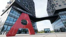 Hotellet er innredet i en arkitektonisk perle av en bygning, skapt av en berømt fransk arkitekt i 2011