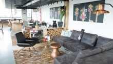 Hotellet er yderst moderne indrettet og tilbyder et højt komfortniveau