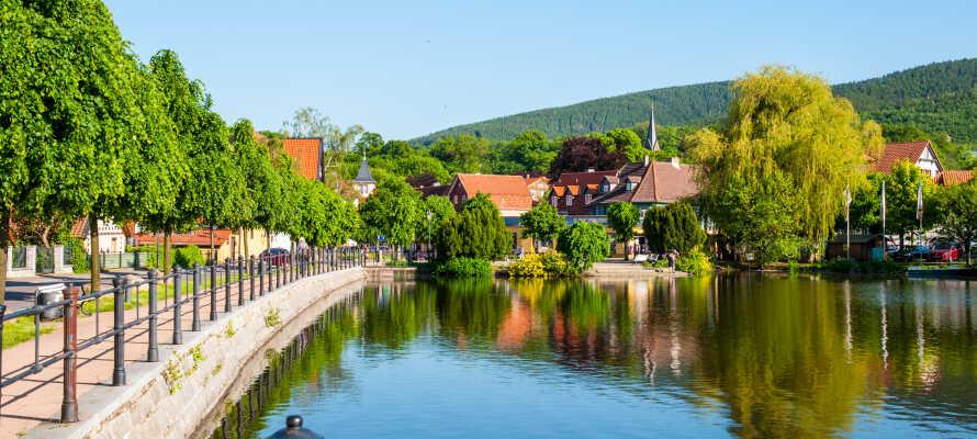 Ilsenburg ist eine gemütliche kleine Stadt an der Nordseite am Fuße des Berges.