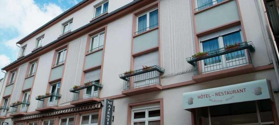 Hotellet ligger nära centrum i den charmiga kutorten Niederbronn-les-Bains och har bland annat en trevlig wellness-avdelning.