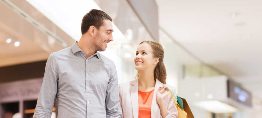 Passa på att shoppa loss på Västjyllands största köpcenter, Broen Shopping.