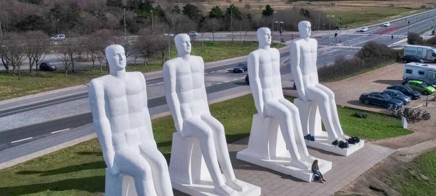 Erleben Mennesket ved Havet, eine Skulptur von Svend Wiig Hansen, die zu einem Markenzeichen von Esbjerg geworden ist.