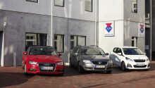 Urlaub mit dem Auto: Parkplätze stehen im Innenhof des Hotels gegen  Gebühr zur Verfügung.