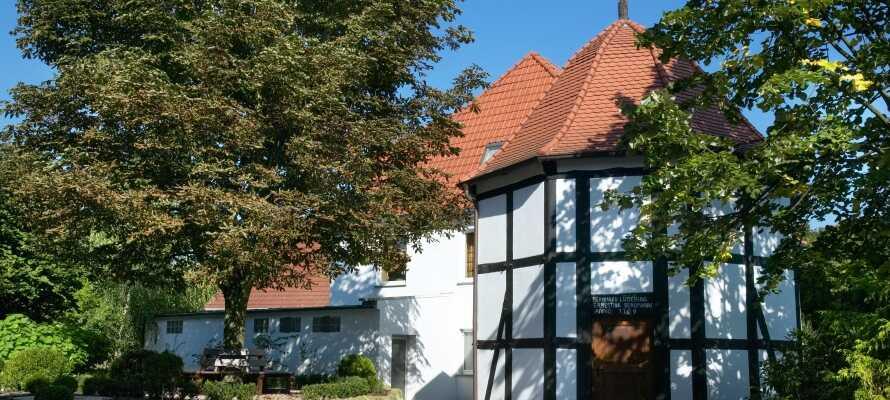 Das Hotel heißt seit über 245 Jahren Kurgäste in der frischen Luft und schönen Landschaft des Wiehengebirges willkommen