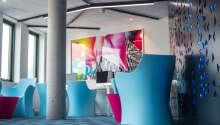 De mange fargene i hotellets design gir det et ungdommelig preg, men med massevis av klasse.