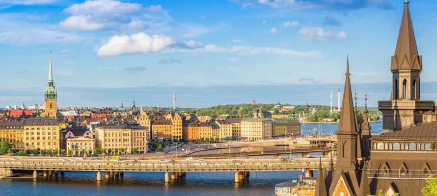 Hotellet är familjevänligt och ligger i Årsta, sydväst om Stockholm city, med goda förbindelser in till centrum
