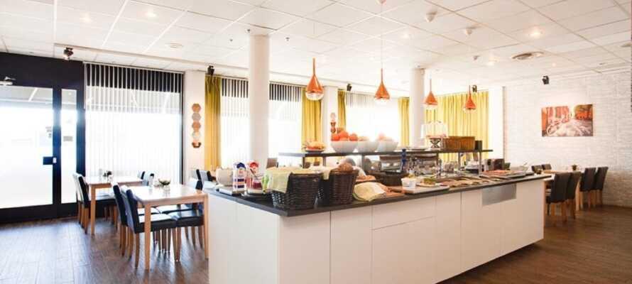 I hotellets hyggelige nærområde finner dere både bowlinghall, golf, 'rackethall' og go-cart bane.