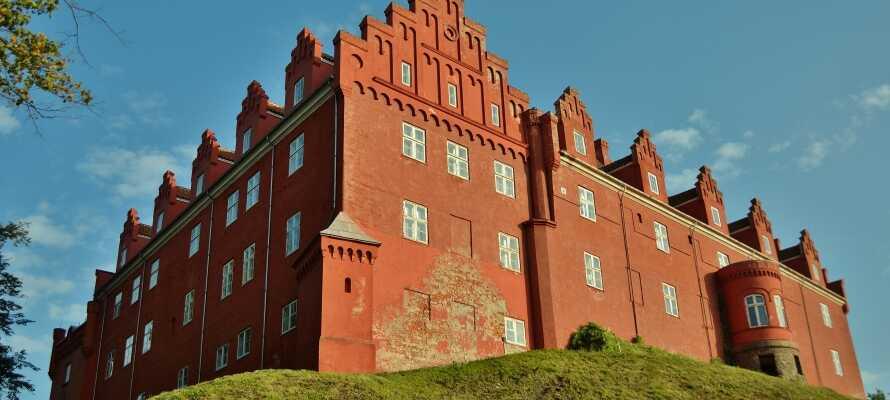 Nyt et ganske unikt opphold i historiske rammer, kun få hundre meter fra Tranekær Slott på Langeland