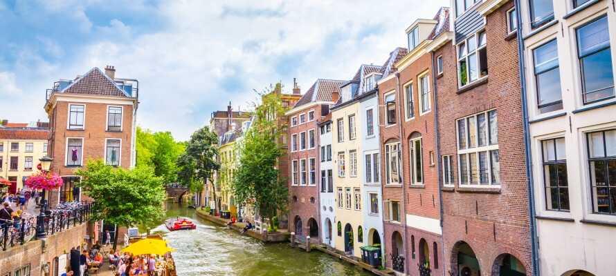 Tag på ferie nær universitetsbyen Utrecht, der ligger under 15 minutters kørsel fra hotellet.