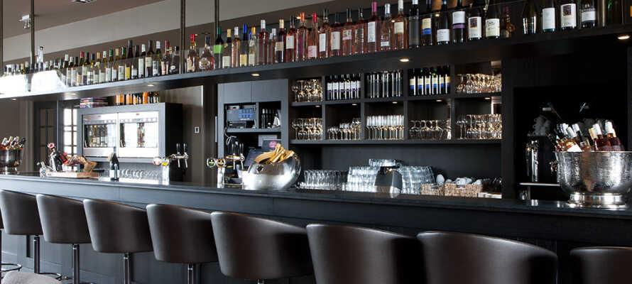 I restaurang J ligger fokus på mat tillagad från lokala råvaror och ni har en fantastisk utsikt över sjön Gooimeer.