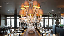 I restaurang J ligger fokus på mat tillagad från lokala råvaror och ni har en fantastisk utsikt över sjön Gooimeer