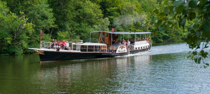 En sak ni inte bör missa i Silkesborg är att åka ut på båttur med ångbåten Hjejlen.