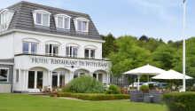 Hotel-Restaurant de Witte Raaf har 41 hotelværelser.