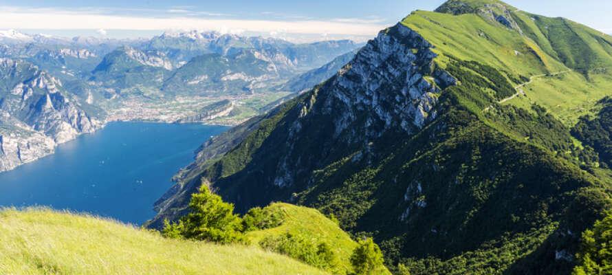 Monte Baldo ruver over Gardasjøen og fra toppen her er det en fantastisk utsikt.