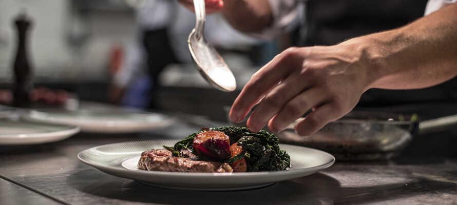 Restauranten byr på deilig frokost og middag av høy kvalitet.