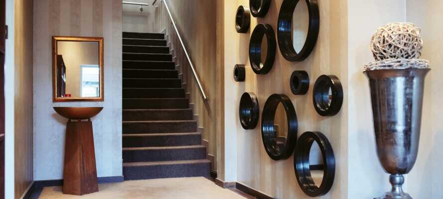 Det familiedrevne hotellet har en flott innredning, som kombinerer tradisjon og modernitet i et smakfullt design.