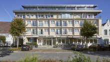 Thomas Hotel Spa Lifestyle har en sentral beliggenhet i Husum.