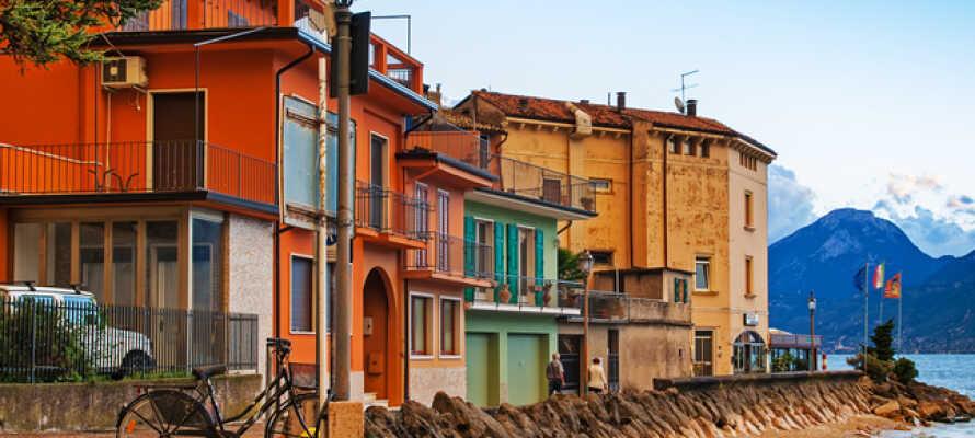 Söder om Malcesine ligger den trevliga lilla orten Brenzone, på Veronese kusten, väl värd ett besök.
