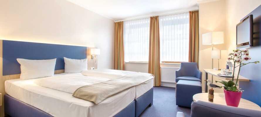 I vil hurtigt føle jer hjemme på et af hotellets flotte og indbydende værelser