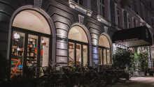 Hotel Alexandra Copenhagen hälsar er välkomna till ett hotell med unik vintage-stil i hjärtat av Köpenhamn