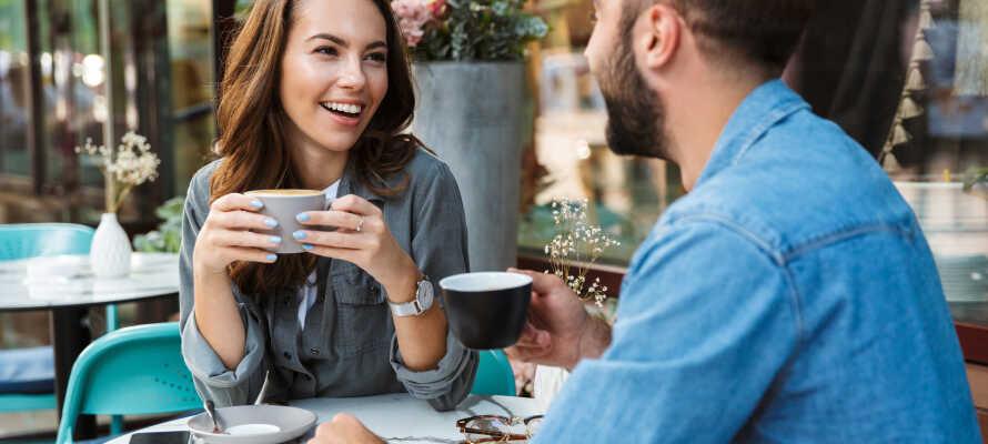 I har alletiders udgangspunkt for shopping og cafebesøg med både Strøget og masser af cafeer indenfor kort afstand.