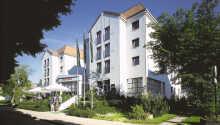 Dette hotellet har en helt fantastisk beliggenhet rett ved strandpromenaden i badebyen Kühlungsborn