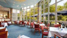 Hotellets maritime restaurant fordeler seg på to etasjer