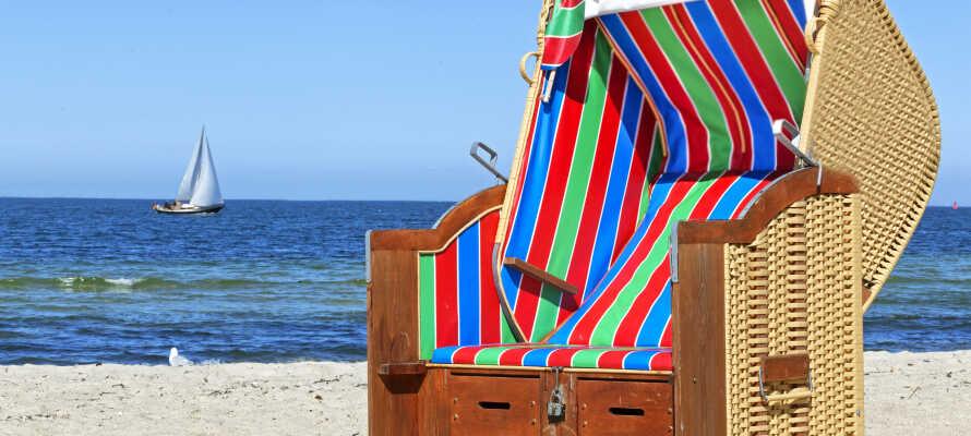 Hotellet ligger inte långt från Kielfjorden och Östersjöns många vackra sandstränder