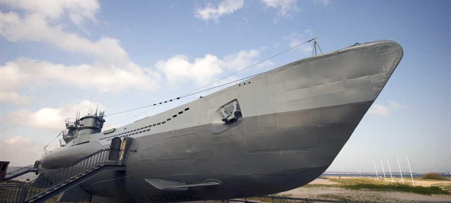 Hotellet giver jer et suverænt udgangspunkt for oplevelser både i og udenfor Kiel - besøg f.eks. ubåden 'U-995' i Laboe.