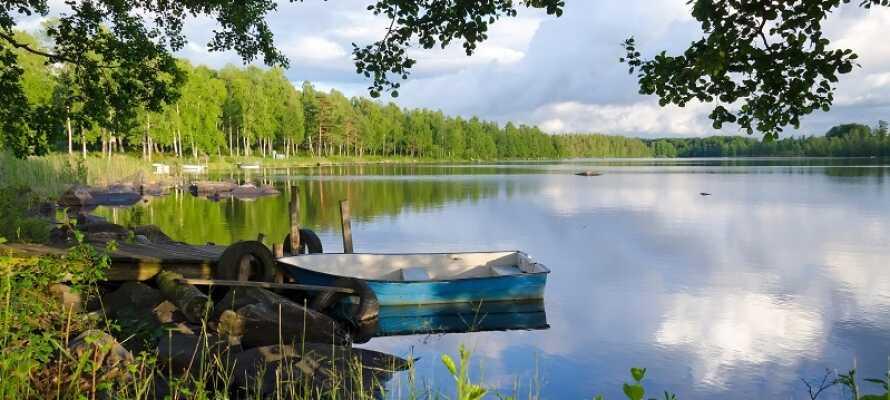 Der er mange smukke søer i Mellemsverige, og Hjälmaren hører til en af de større af slagsen.